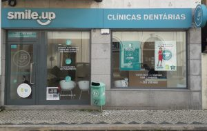 smile-up-clinica-dentaria-torres-vedras