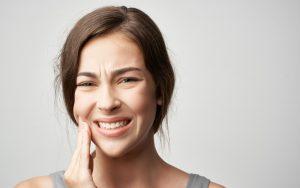 Dor de dentes: Saiba quando se deve dirigir a uma clínica Smile.up