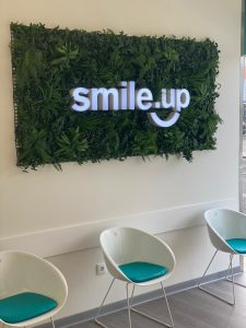 smile-up-clinica-dentaria-beja