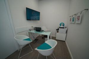 Consultório da clínica dentária em Queluz