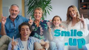 """Nova campanha """"Sorrir é Smile.up"""" potencia a liderança no setor da medicina dentária"""